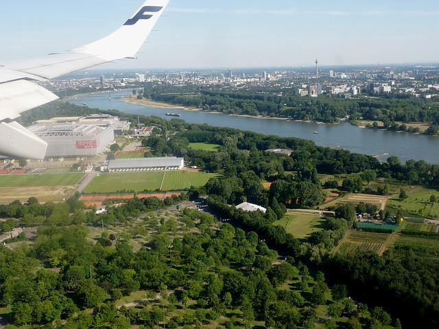 flight-233945_640